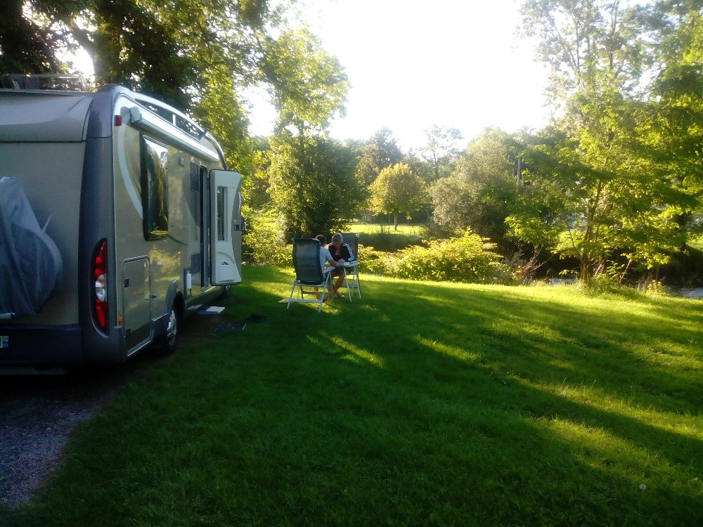 Aire camping-car à Pau (64000) - Photo 3